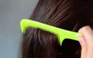 от чего обламываются волосы