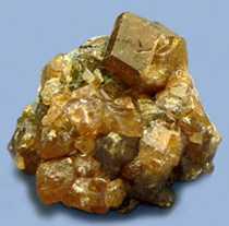 камень гессонит магические свойства